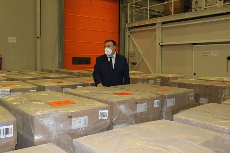Доставка от 300 000 опаковки нискомолекулярен хепарин.
