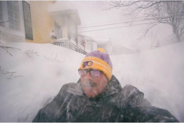 76 см сняг в Канада, армията помага на хората (Видео, снимки)