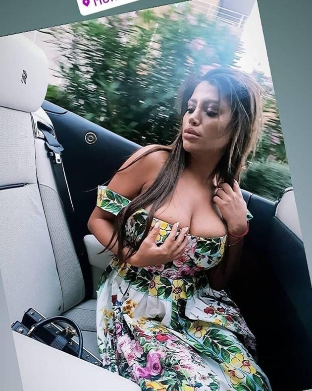 Богато гадже глези сексбомбата Драгана