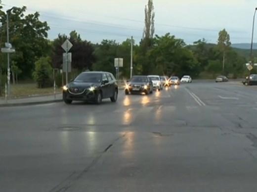 """Промяна на пътя с предимство в жк """"Люлин"""" обърква шофьорите"""