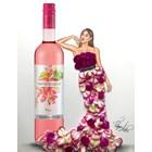 Вината на New Bloom Winery вдъхновиха световноизвестния арменски художник Едгар Артис