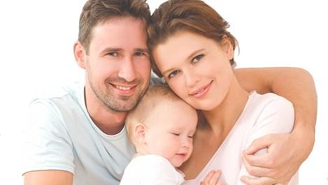 Фитотерапия регулира хормоналния баланс при дамите и мъжете и увеличава шанса за забременяване