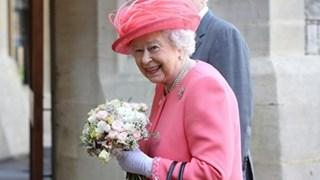 Кралица Елизабет с щедър подарък за Хари и Меган