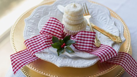 Защо съветите за хранене по време на празници са напълно излишни