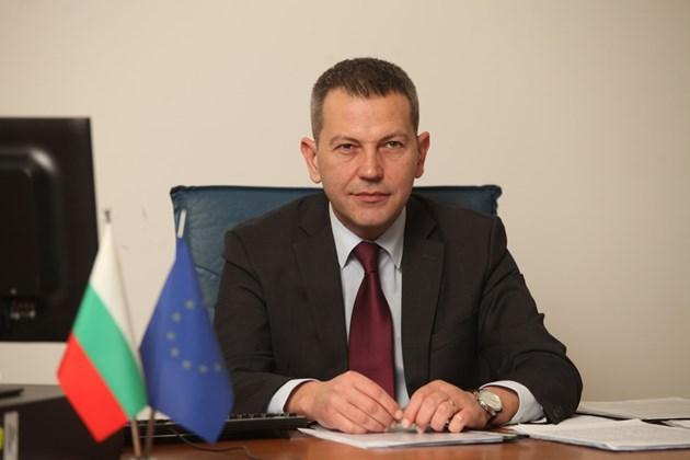 Транспортният министър: При служебния кабинет стартираха жп проекти за над 1 млрд. лв.