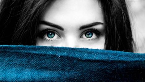 """Ретиноидите """"трият"""" тъмните кръгове около очите"""