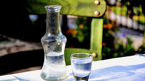 За какво може да използвате водката в домакинството