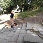 Рекорд! Русенец качи Шипка на ръце (ВИДЕО)