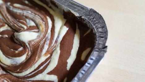 Ароматен мраморен десерт без брашно