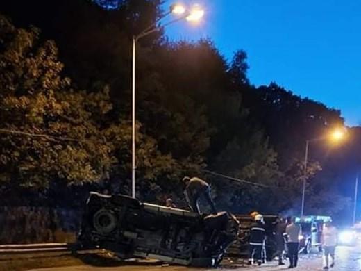 """Катастрофа край """"Галата"""": Челен сблъсък на два автомобила, 2-годишно дете с фрактура"""