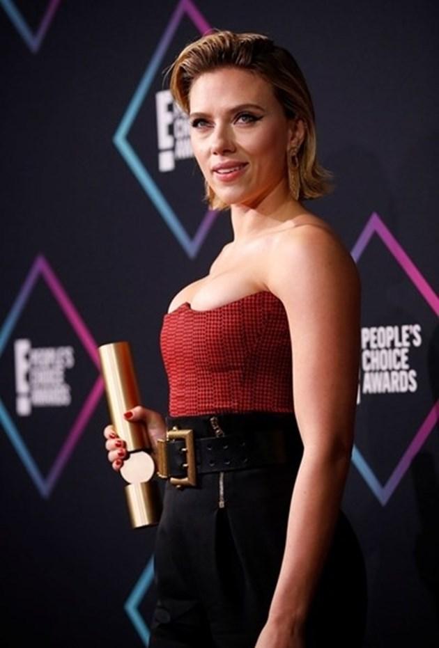 """""""Форбс"""": За втора година Скарлет Йохансон е най-скъпо платената актриса в света"""