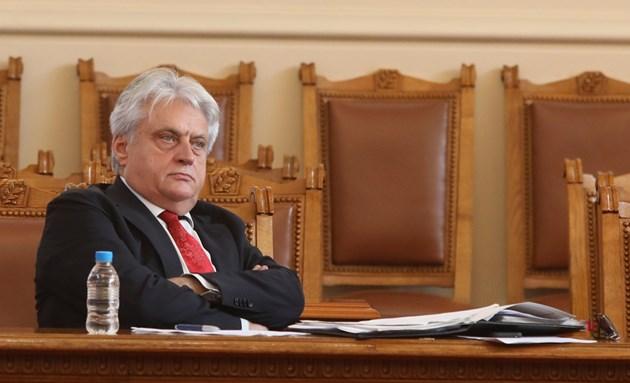 Жената на Бойко Рашков го направи най-имотен в кабинета, премиерът Янев няма дом в София
