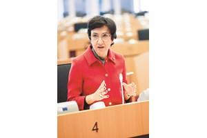 Мария до Сеу Антунеш, португалския министър на земеделието. Източник: EP/Alain ROLLAND