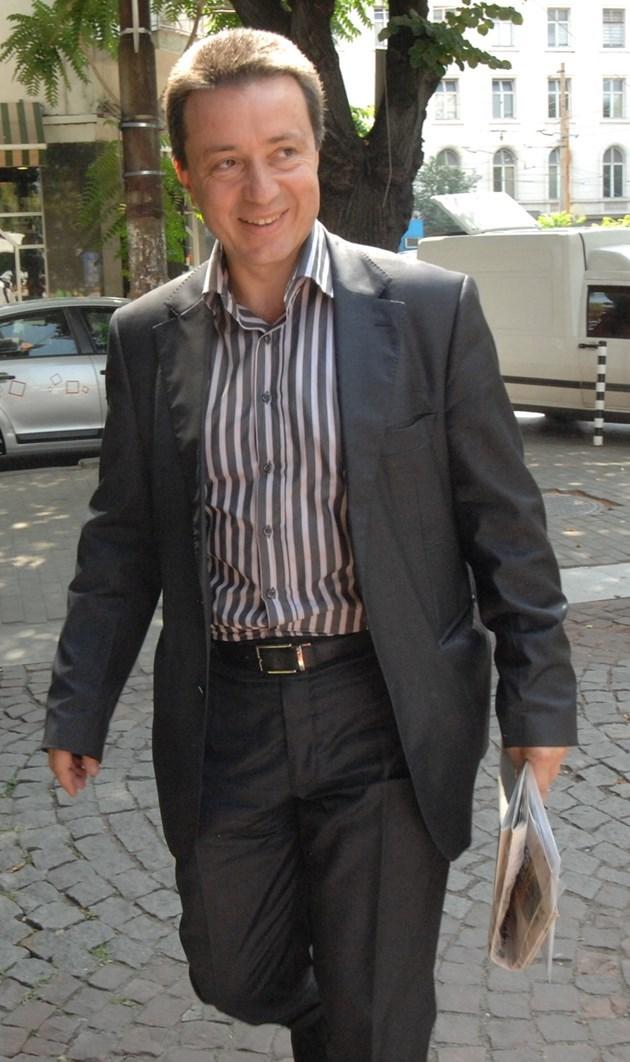 Янаки Стоилов: Радев да свика консултации с партиите