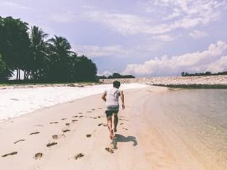 Защо мъжете бягат от красивите жени
