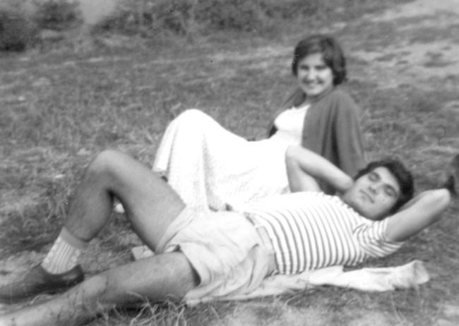 Силвия и Гришата - млади и влюбени