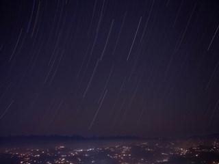 2 в 1 на небето: звезден дъжд и Коледна комета