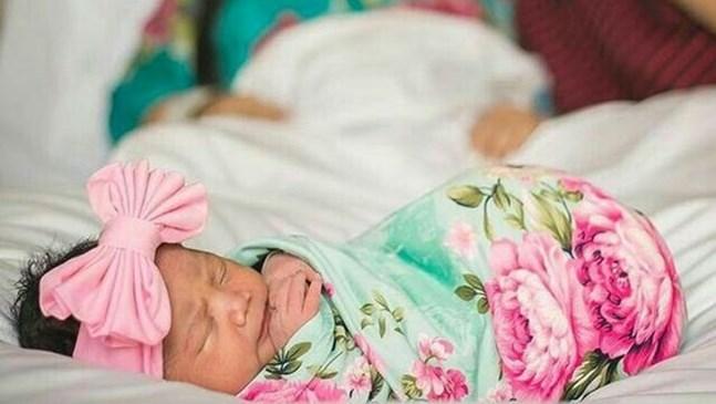 10 невероятни идеи за семейна фотосесия с бебе