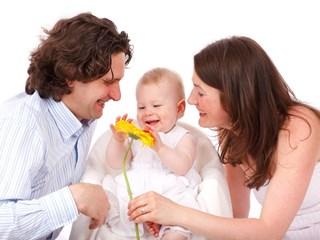 Прекалената благодарност: душевни рани за деца и родители