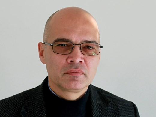 Тихомир Безлов: Усещането за безпокойство у нас е травма от прехода