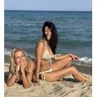 Яна Маринова се забавлява на плажа в Слънчев бряг (Снимки)