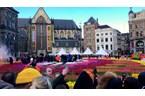 Амстердам откри сезона на лалетата с килим от цветя  (Видео)