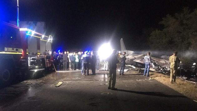 25 души са загинали при катастрофата на военния самолет Ан-26 край Харков