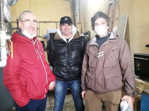За броени дни петима изградиха инсталация за кислород за ковид-болни в Бургас