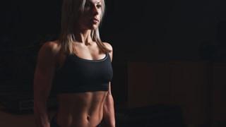Тези две прости упражнения свалят най-добре килограми