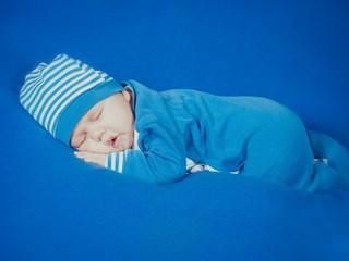 Успокояващ предмет помага на бебето по-лесно да заспива само