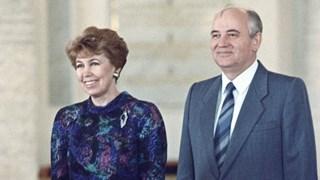Михаил Горбачов: Обичах Раиса, но не успях да я спася