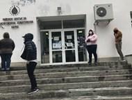 Кръвта на черно във Варна стигна 250 лв., извиха се опашки от доброволци