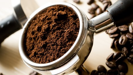 Как кофеинът спира косопада