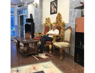 Цар Киро с нов трон