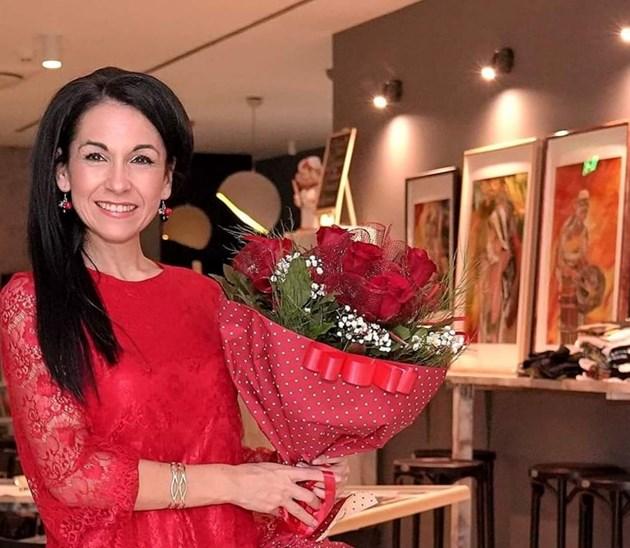 Дили Бозаджиева с нова изложба на картини от вълна