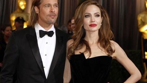Джоли: Заради пиенето Брад губи позиция в Холивуд