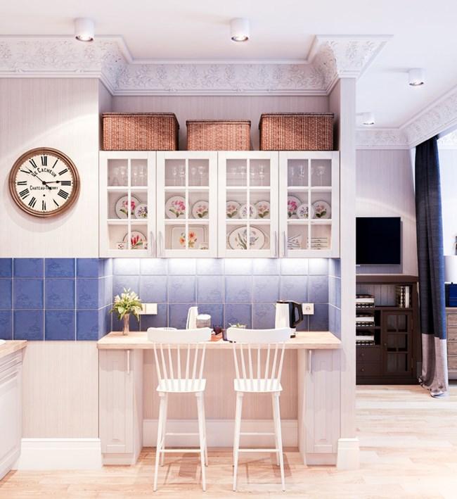 Компактната кухня, както и цялото жилище, са стилни и приятни благодарение на подходящо подбраните материали и цветова гама Снимки kvartblog.ru