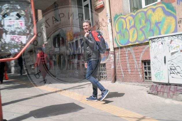 Жоро Младенов спортува и на улицата