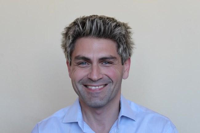 д-р Стефан Комитски: Когато инжектирането се направи елегантно, лицето ви няма да прилича на гротескна маска.