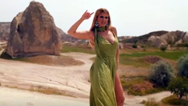 Анелия пръсна 100 бона за клип в Турция! (Видео)
