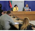 Отварят пазари на паркингите на веригите за български стоки