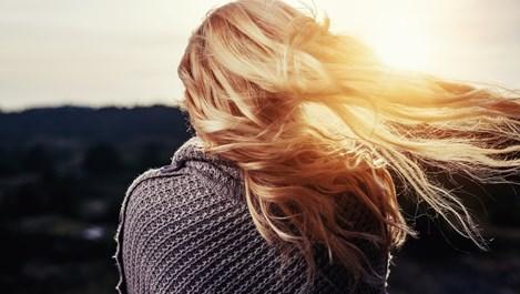 Как да спрем стареенето на косата