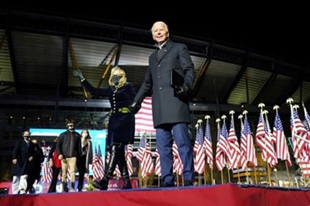 Лейди Гага и Дженифър Лопес ще пеят на церемонията по встъпване в длъжност на Джо Байдън
