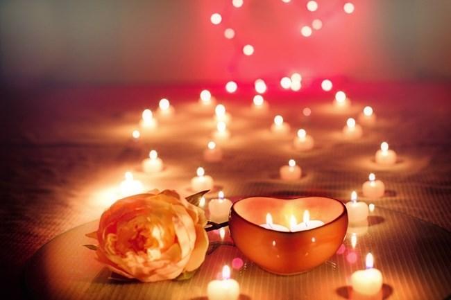 Свещите винаги създават приятна и отпускаща атмосфера.