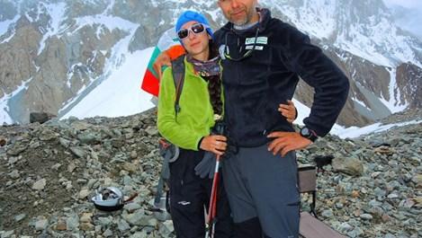 """Любимата на Боян Петров написа под снимка с него: """"Готова съм за зимата. Да тръгваме."""""""
