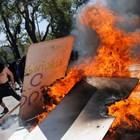 Трети пореден ден на размирици в Чили, най-малко 11 жертви (Снимки)