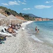 Гърция отново налага ограничения на заведенията