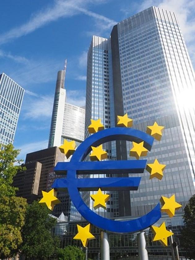 240 млрд. евро кредитна линия за изпадналите в затруднения заради вируса страни от ЕС