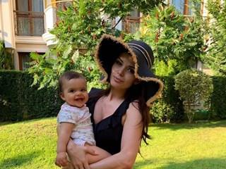 Преслава показа малката Паола и подкрепи инициативата #роднотоМоренеедемоде