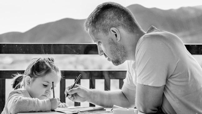 Няколко финансови урока за детето от реалния живот, поднесени чрез игри